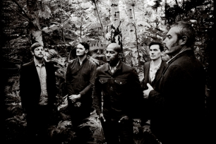 Tindersticks //   lùisa (Support)