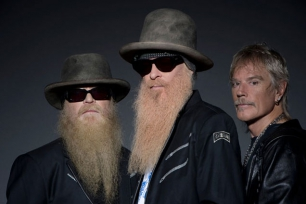 ZZ Top // The Red Devils (Support)