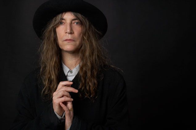 Patti Smith and her band   perform Horses