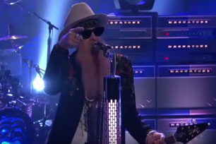 ZZ Top - ZZ Top on Conan (live)